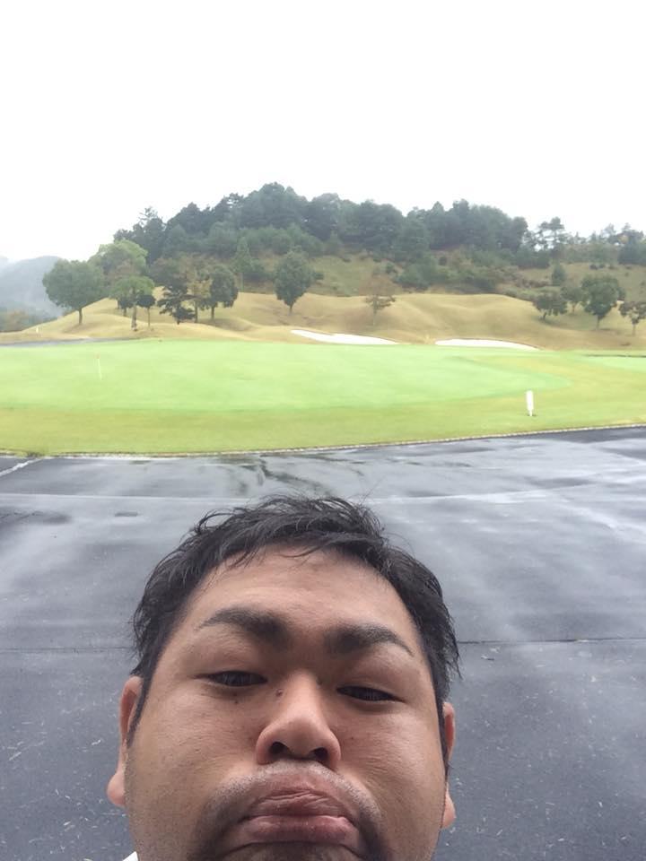 雨ゴルフに行ってきました⤵︎⤵︎